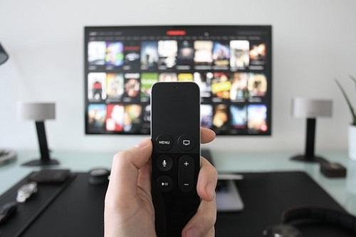 智能电视亮相,OPPO智美生活发布会开启万物互融新生态